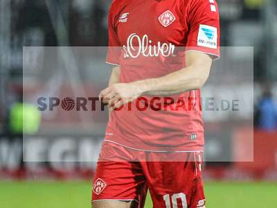 Fotos von FC Würzburger Kickers - FC St. Pauli auf sportfotografie.de