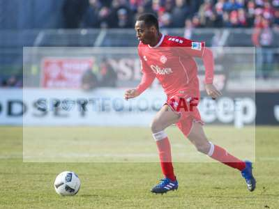 Fotos von FC Würzburger Kickers - 1. FC Heidenheim 1846 auf sportfotografie.de