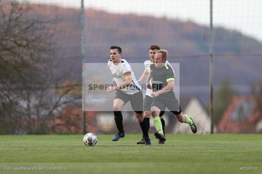 Philipp Kübert, Max Rautenstengel, 09.11.2019, Kreisliga Würzburg Gr. 2, TSV Karlburg II, FC Wiesenfeld-Halsbach - Bild-ID: 2269700