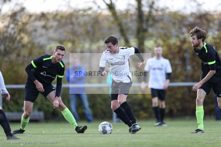Jonas Hilpert, Michael Weyer, Viktor Ziegler, 09.11.2019, Kreisliga Würzburg Gr. 2, TSV Karlburg II, FC Wiesenfeld-Halsbach - Bild-ID: 2269711