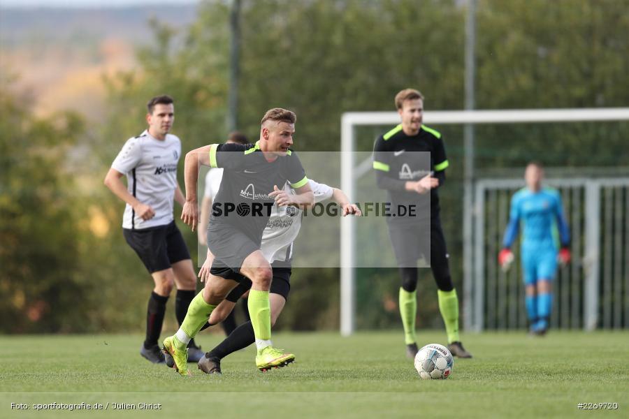 Luis Kohlmann, Szymon Dynia, 09.11.2019, Kreisliga Würzburg Gr. 2, TSV Karlburg II, FC Wiesenfeld-Halsbach - Bild-ID: 2269720