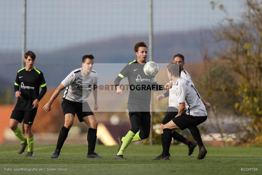 Luis Kohlmann, Philipp Kübert, Marco Mehling, 09.11.2019, Kreisliga Würzburg Gr. 2, TSV Karlburg II, FC Wiesenfeld-Halsbach - Bild-ID: 2269738