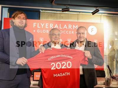 Fotos von Vorstellung FLYERALARM Global Soccer auf sportfotografie.de
