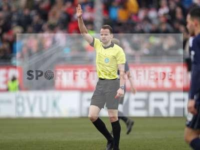 Fotos von FC Würzburger Kickers - SV Waldhof Mannheim auf sportfotografie