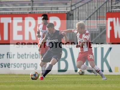 Fotos von FC Würzburger Kickers - 1. FC Kaiserslautern auf sportfotografie.de