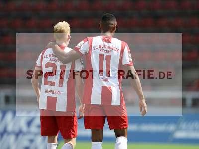 Fotos von FC Würzburger Kickers - FC Hansa Rostock auf sportfotografie.de