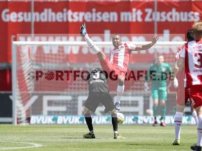 Fotos von FC Würzburger Kickers - Hallescher FC auf sportfotografie.de