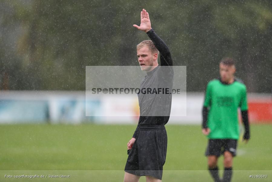 Schiedsrichter, Kevin Büdel, Sportgelände, Karlstadt, 26.09.2020, sport, action, Fussball, September 2020, (SG) DJK-TuS Aschaffenburg-Leider, (SG) FV Karlstadt - Bild-ID: 2280392