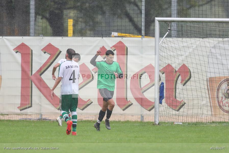 Torjubel, Noah Edelhäuser, Sportgelände, Karlstadt, 26.09.2020, sport, action, Fussball, September 2020, (SG) DJK-TuS Aschaffenburg-Leider, (SG) FV Karlstadt - Bild-ID: 2280397