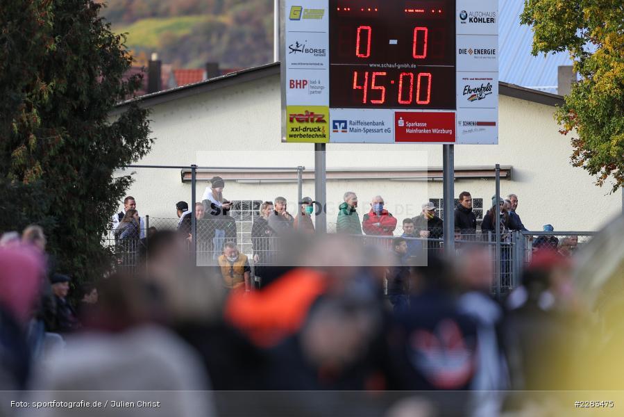 Zuschauer, Sportgelände In der Au, Karlburg, 24.10.2020, BFV, sport, action, Fussball, Deutschland, Oktober 2020, Saison 2019/2020, Bayernliga Nord, TSV Grossbardorf, TSV Karlburg - Bild-ID: 2283475