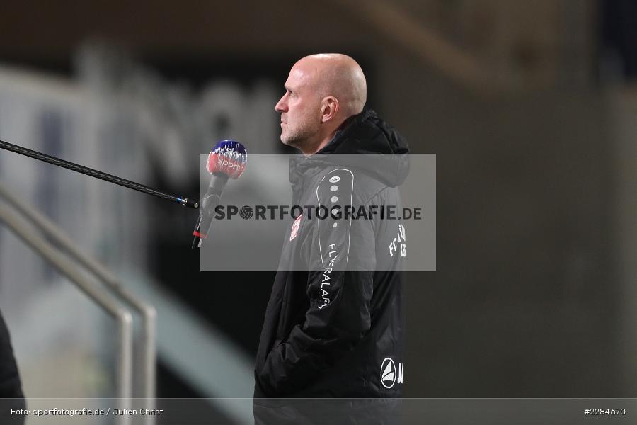 sky sport, Interview, Marco Antwerpen, Voith-Arena, Heidenheim, 06.11.2020, DFL, sport, action, Fussball, Deutschland, November 2020, Saison 2020/2021, Bundesliga, 2. Bundesliga, FC Würzburger Kickers, 1. FC Heidenheim - Bild-ID: 2284670