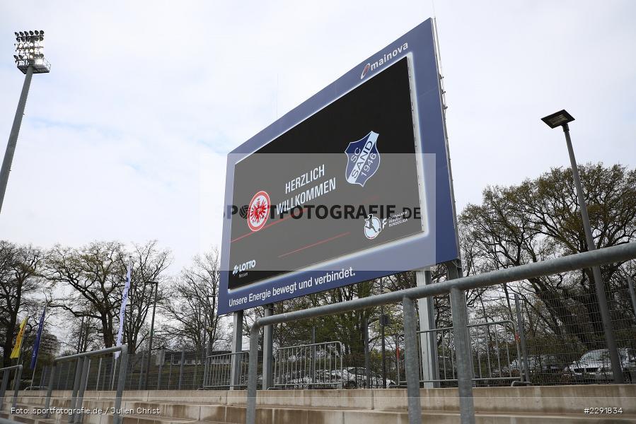 Willkommen, LED-Screen, Anzeigetafel, Stadion am Brentanobad, Frankfurt, 18.04.2021, DFL, sport, action, Fussball, Deutschland, April 2021, Saison 2020/2021, Frauen-Bundesliga, FFBL, FLYERALARM Frauen-Bundesliga, SC Sand, Eintracht Frankfurt - Bild-ID: 2291834