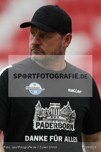 Steffen Baumgart, FLYERALARM Arena, Würzburg, 23.05.2021, DFL, sport, action, Fussball, Deutschland, Mai 2021, Saison 2020/2021, SCP, FWK, Bundesliga, 2. Bundesliga, SC Paderborn, FC Würzburger Kickers - Bild-ID: 2294526