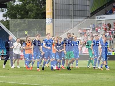 Fotos von SV Darmstadt 98 - SSV Jahn Regensburg auf sportfotografie.de