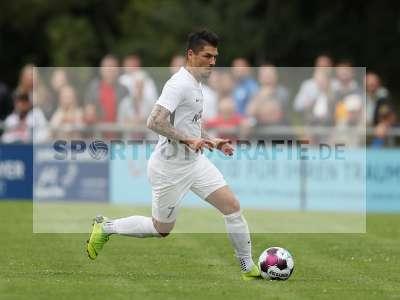 Fotos von TSV Karlburg - Würzburger FV auf sportfotografie.de