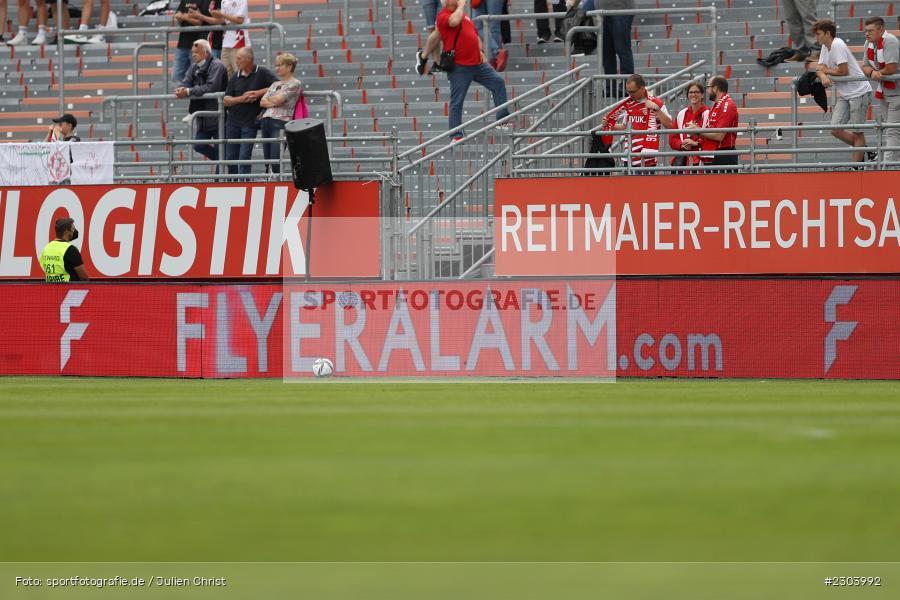 Bande, FLYERALARM.com, FLYERALARM Arena, Würzburg, 22.08.2021, DFL, sport, action, Fussball, Deutschland, August 2021, Saison 2021/2022, OSN, FWK, 3. Liga, VfL Osnabrück, FC Würzburger Kickers - Bild-ID: 2303992