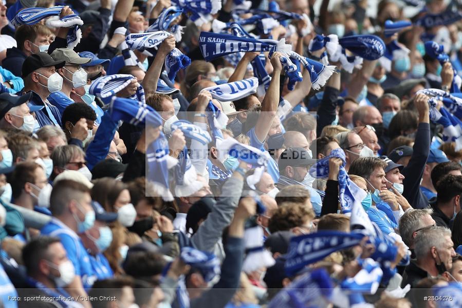 Schal, Fans, Merck-Stadion, Darmstadt, 28.08.2021, DFL, sport, action, Fussball, Deutschland, August 2021, Saison 2021/2022, 2. Bundesliga, H96, SVD, Hannover 96, SV Darmstadt 98 - Bild-ID: 2304276