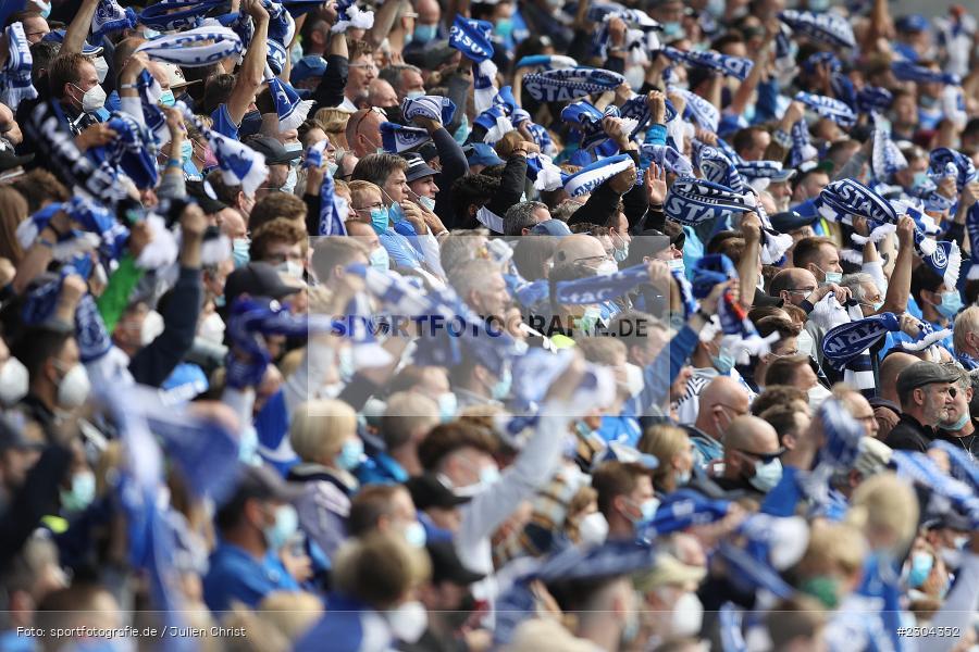 Fans, Merck-Stadion, Darmstadt, 28.08.2021, DFL, sport, action, Fussball, Deutschland, August 2021, Saison 2021/2022, 2. Bundesliga, H96, SVD, Hannover 96, SV Darmstadt 98 - Bild-ID: 2304352