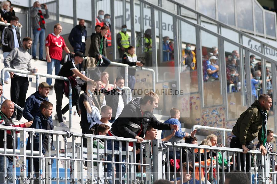 Fans, Merck-Stadion, Darmstadt, 28.08.2021, DFL, sport, action, Fussball, Deutschland, August 2021, Saison 2021/2022, 2. Bundesliga, H96, SVD, Hannover 96, SV Darmstadt 98 - Bild-ID: 2304373