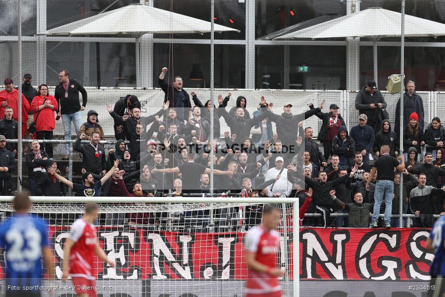 Fans, FLYERALARM Arena, Würzburg, 29.08.2021, DFL, sport, action, Fussball, Deutschland, August 2021, Saison 2021/2022, FCS, FWK, 3. Liga, 1. FC Saarbrücken, FC Würzburger Kickers - Bild-ID: 2304513