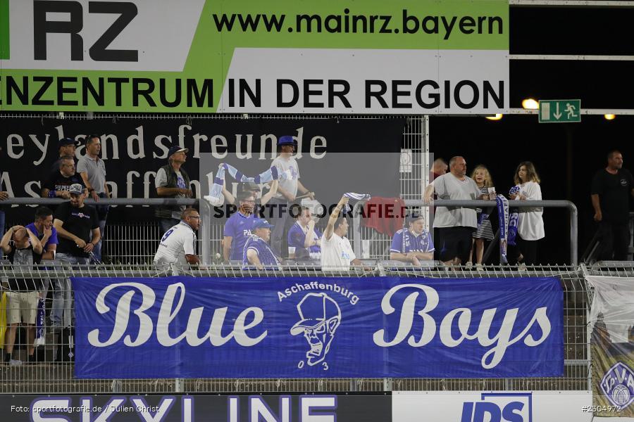 Schal, Fans, Blue Boys Aschaffenburg, Stadion am Schönbusch, Aschaffenburg, 03.09.2021, BFV, sport, action, Fussball, Deutschland, September 2021, Saison 2021/2022, 4. Liga, Regionalliga Bayern, FCM, SVA, FC Memmingen, SV Viktoria Aschaffenburg - Bild-ID: 2304972