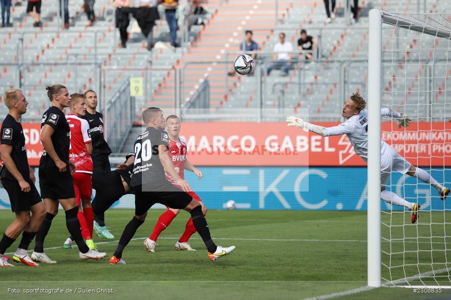 Marvin Pourié, FLYERALARM Arena, Würzburg, 11.09.2021, DFB, sport, action, Fussball, Deutschland, September 2021, Saison 2021/2022, TSV, FWK, 3. Liga, TSV Havelse, FC Würzburger Kickers - Bild-ID: 2306835
