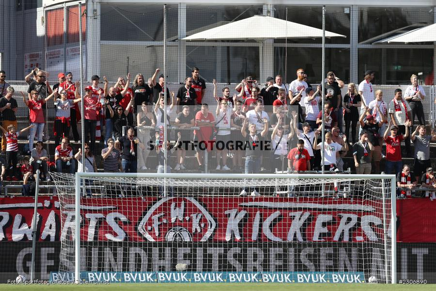 Fans, FLYERALARM Arena, Würzburg, 11.09.2021, DFB, sport, action, Fussball, Deutschland, September 2021, Saison 2021/2022, TSV, FWK, 3. Liga, TSV Havelse, FC Würzburger Kickers - Bild-ID: 2306890